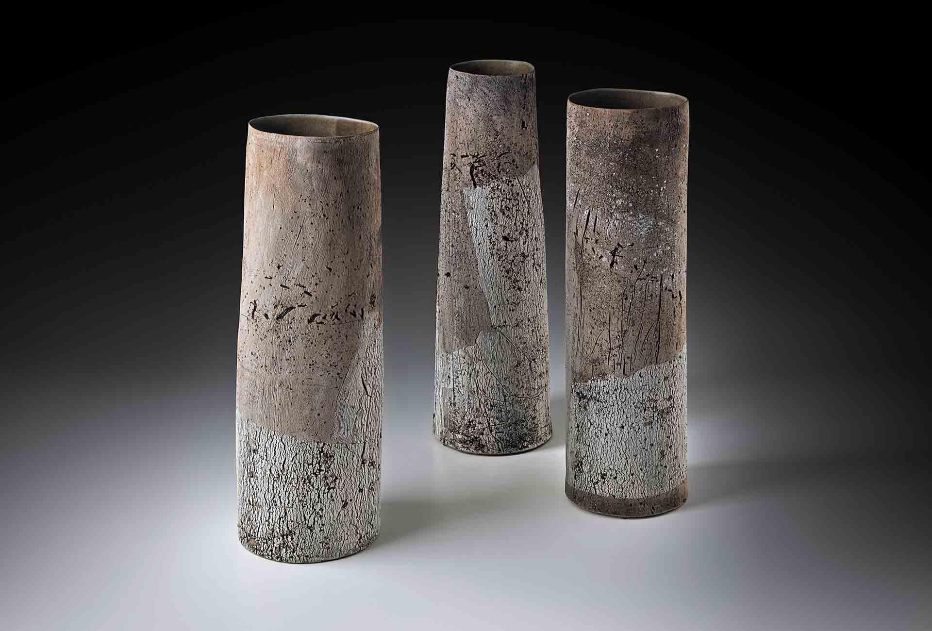 Galerie Metzger, Susanne Kallenbach, Strukturvasen Triptychon