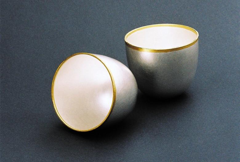 Florian Färber, Gemellus Becher - Zwillingsbecher. Silber 935, Feingold 999, 8 × 9 × 8 cm
