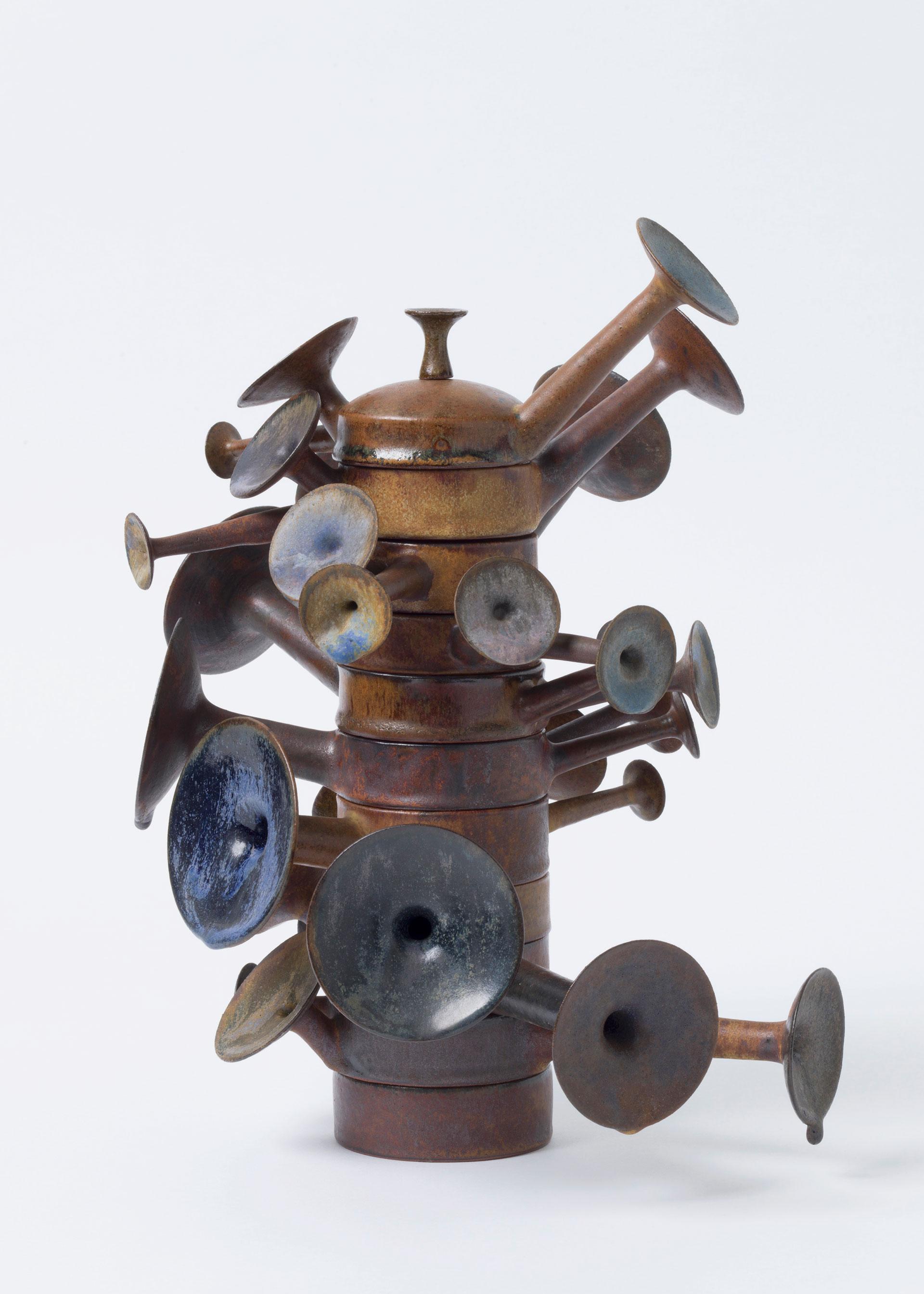 Beate Kuhn, Steinzeug, Keramik, Objekt, Trichterturm
